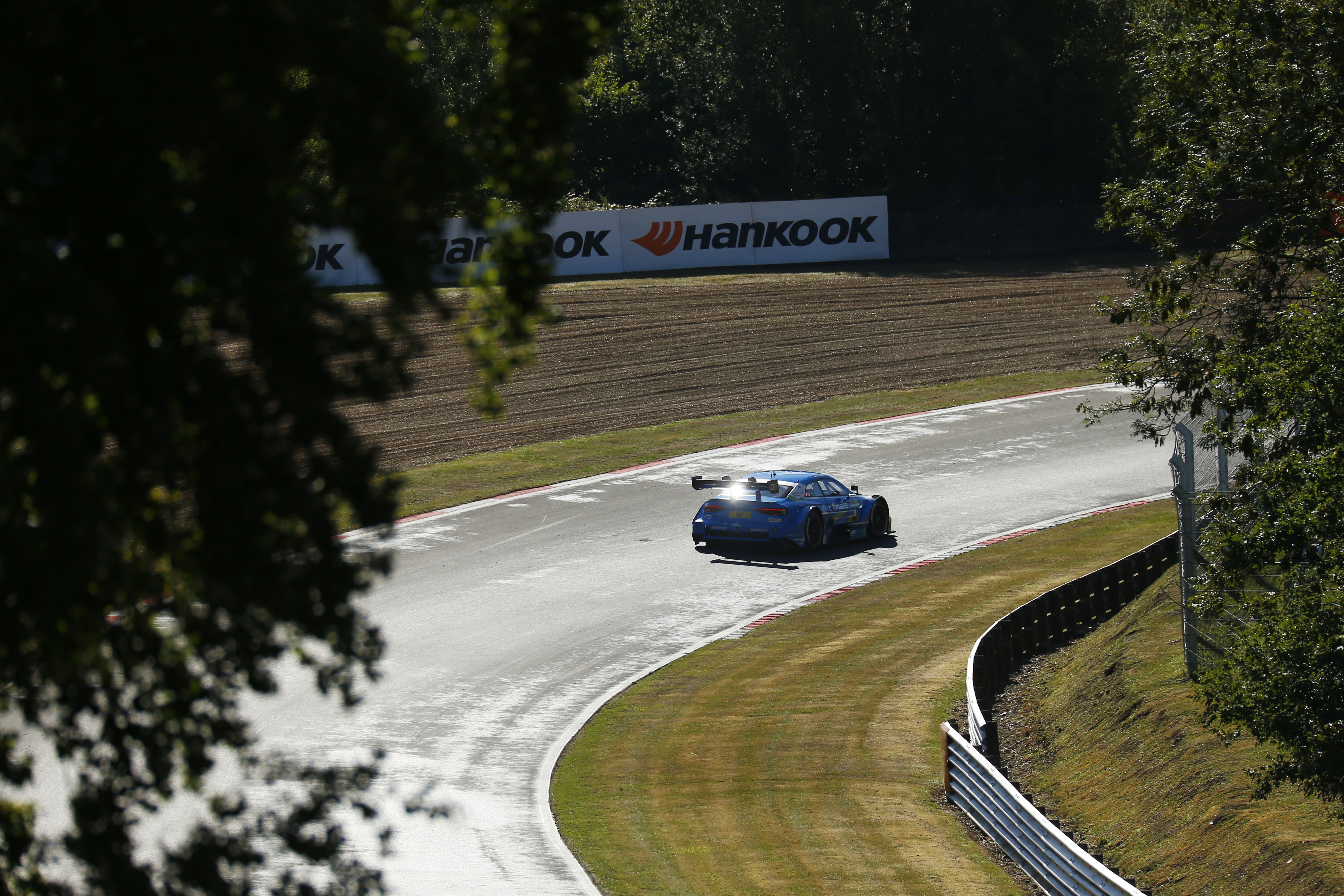 20190806_dtm_brands_hatch_1_04.jpg